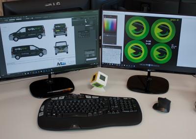 Entwurf einer Fahrzeugbeschriftung am PC